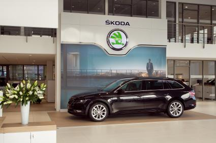 umstellung der skoda h ndler auf neues corporate design bundesweit voll in fahrt automagazin. Black Bedroom Furniture Sets. Home Design Ideas
